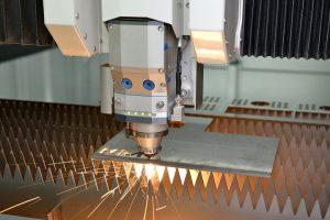 Do-produkcji-czy-na-uslugi-precyzyjnie-okresl cel-aby-korzystac-z-pelnej-mocy-wycinarki-dlaProdukcji.pl