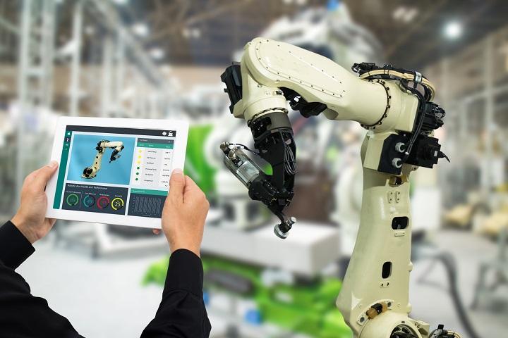 Universal-Robots-rozwija-interfejs-dla-portalu-inzynierskiego-Siemens-dlaProdukcji.pl