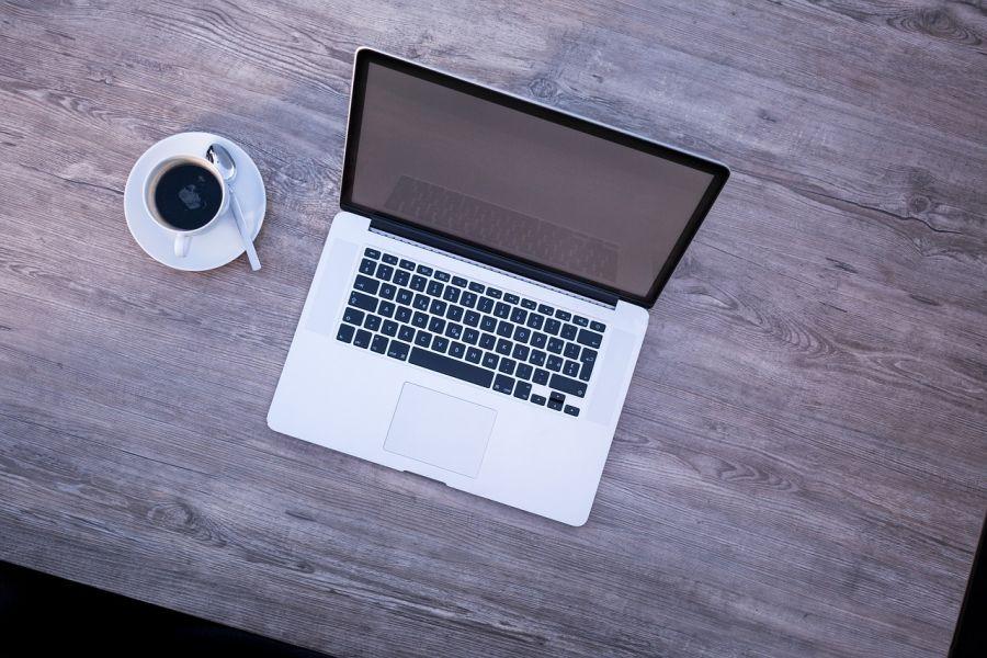 Bezplatny-webinar-Ograniczenia-w-procesach-produkcyjnych-wiedza-tajemna-czy-standard-dzialania-dlaProdukcji.pl