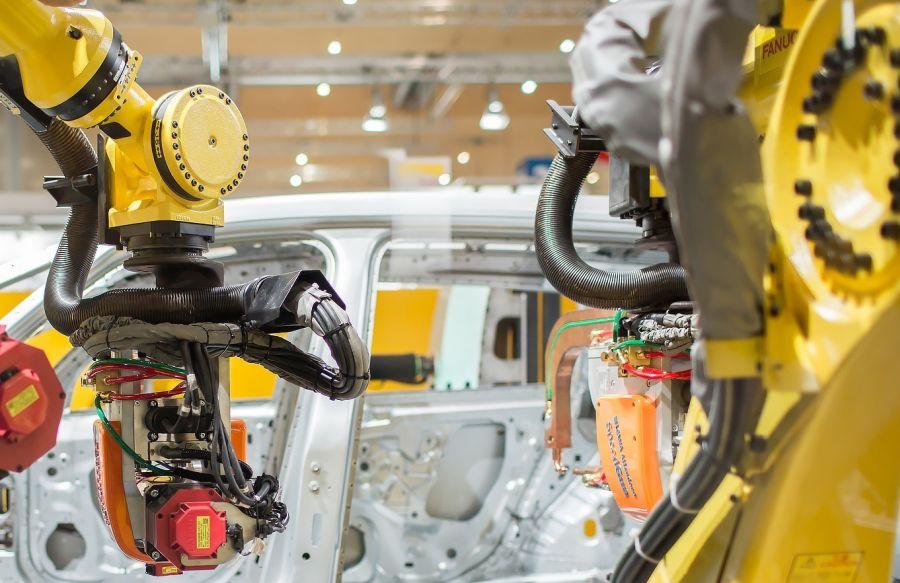 FANUC-dostarczy-500-robotow-do-fabryki-Forda-w-Kolonii-dlaProdukcji.pl