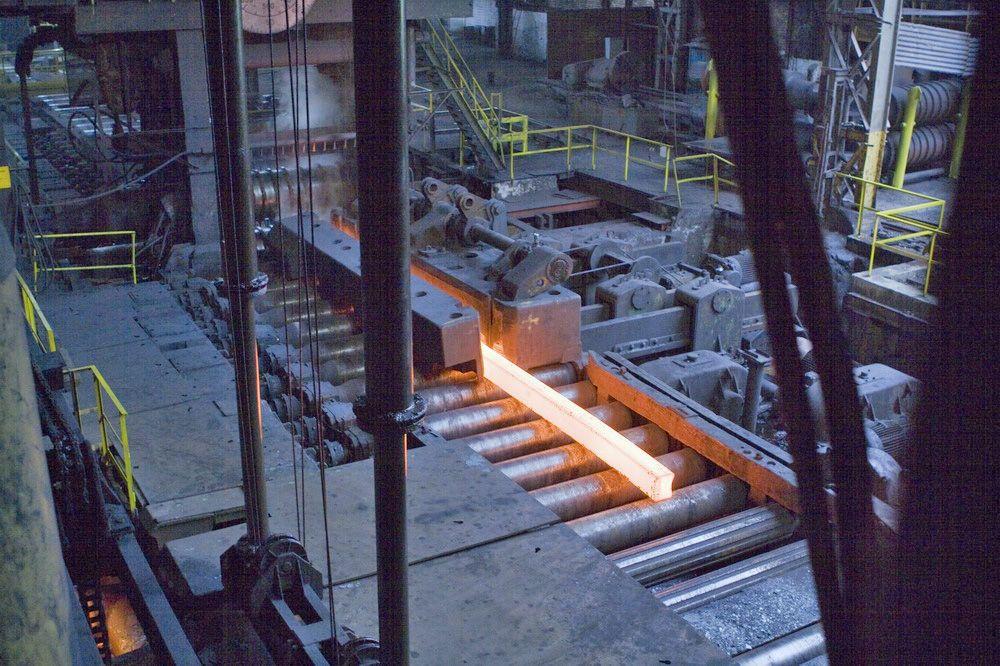 Oddzial-ArcelorMittal-Poland-w-Chorzowie-modernizuje-sie-i-poszerza-asortyment-szyn-kolejowych-dlaProdukcji.pl